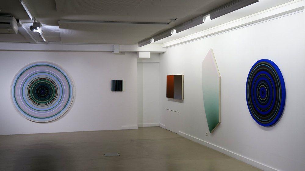 L'espace Schilling accueille l'œuvre lumineuse du peintre neuchâtelois Pierre Gattoni.