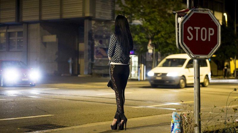 Vaud: une ancienne prostituée aurait soutiré 1,8 million de francs à un client