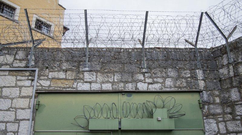 Il y a aujourd'hui 106 établissements de privation de liberté en Suisse, contre 152 en 1988.