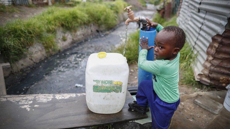 Dans 6 ans, 1,8 milliard de personnes auront un problème d'accès à l'eau potable. 1 être humain sur 4...