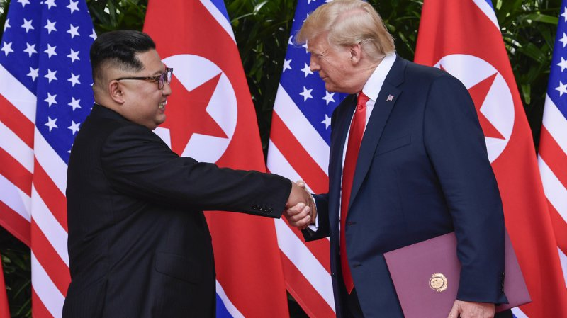 Lors de leur sommet de Singapour, les deux hommes avaient évoqué la dénucléarisation de la Corée du Nord, mais les négociations se sont enlisées.