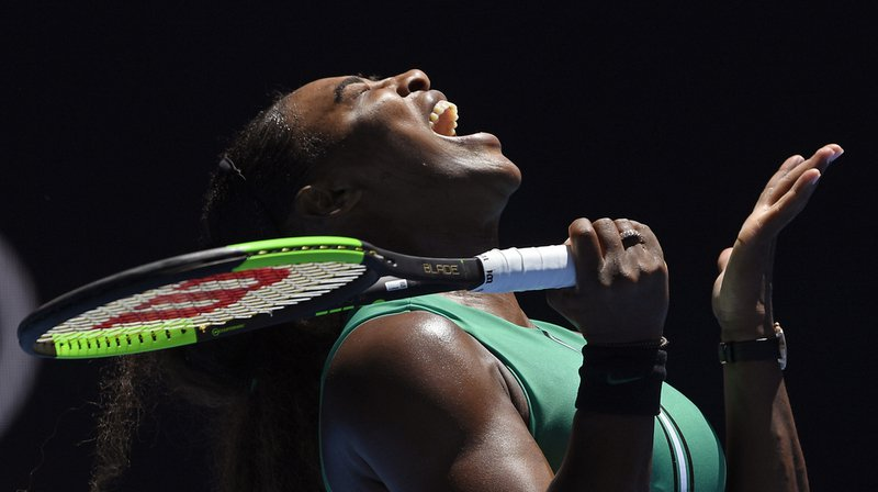 Tennis - Open d'Australie: Serena Williams éliminée en quart de finale après avoir loupé quatre balles de match