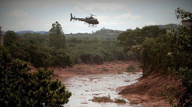 Rupture d'un barrage au Brésil: le bilan s'alourdit à 58 morts