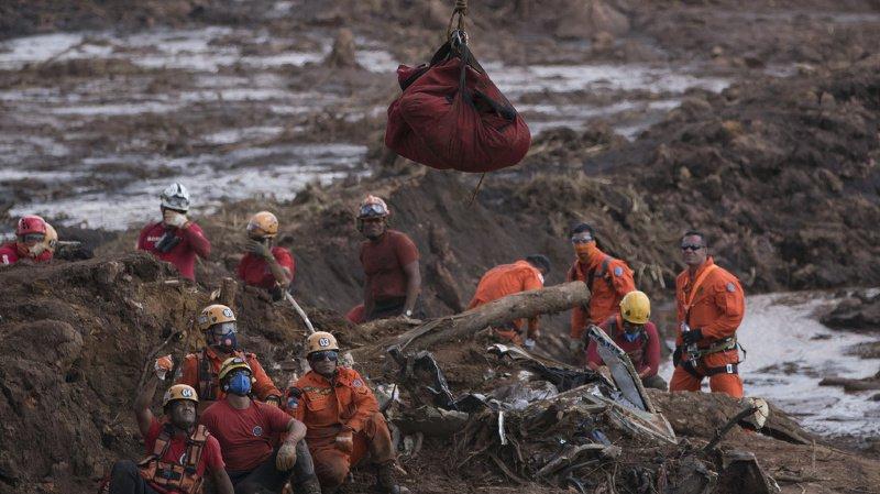 Brésil – rupture du barrage: le bilan de la catastrophe s'alourdit à 110 morts