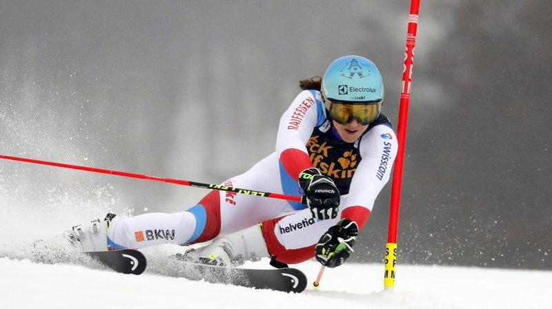 Après la première manche du géant de Maribor, la Suissesse Wendy Holdener pointe déjà 1 seconde 61 de l'Américaine Mikaela Shiffrin.