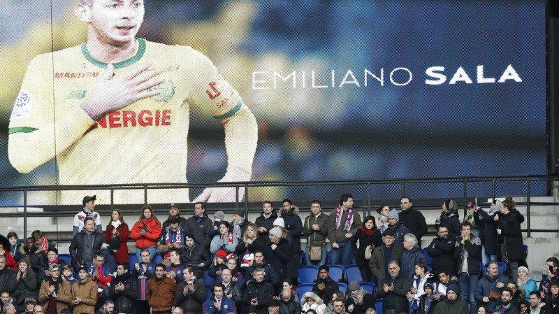 Football: une minute de silence avant les matchs en hommage à Emiliano Sala