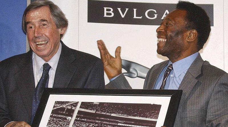 Gordon Banks, à gauche, avait arrêté une tête incroyable de Pelé en 1970, lors de la Coupe du monde 1970 au Mexique