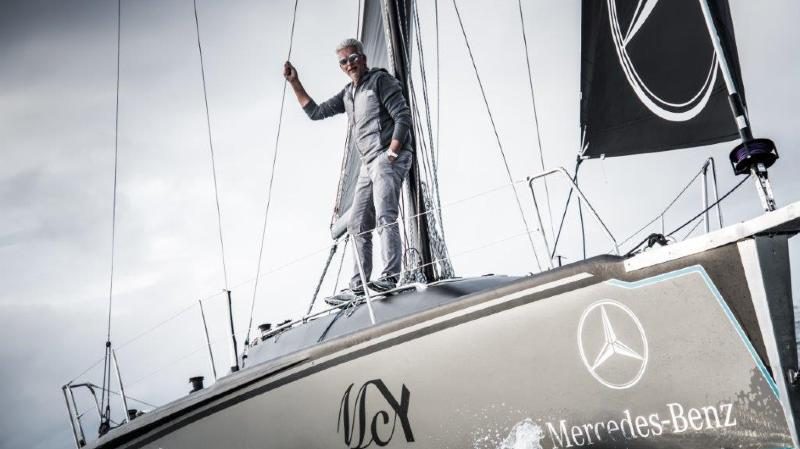 Dan Lenard, concepteur de yachts, à bord du voilier sans équipement sur lequel il est en train de traverser l'Atlantique.