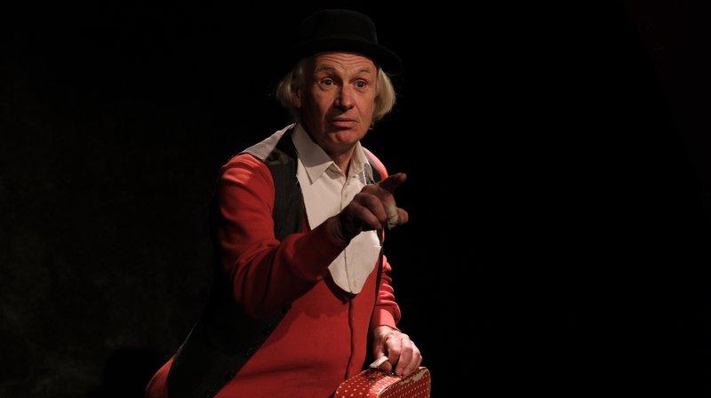 "Olivier Nicola dans le seul en scène ""Ma folle otarie"" au théâtre de la Tarentule à Saint-Aubin."