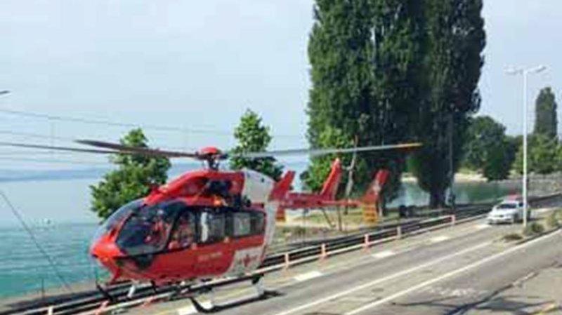 Le scootériste avait été évacué par hélicoptère. Il devait décéder de ses blessures à l'hôpital.