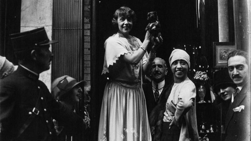 Mistinguett était, avec Joséphine Baker, la star de La Belle Epoque en France.
