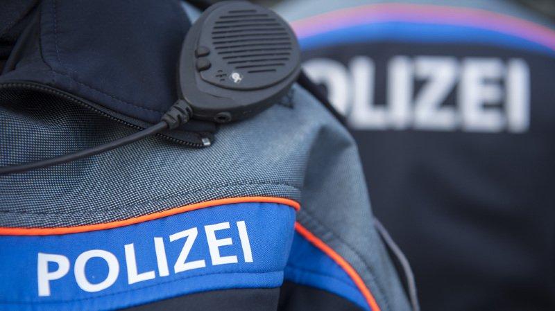 La police a arrêté le chauffard. Son permis lui a été retiré et sa voiture confisquée.