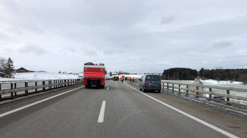 Accident mortel sur l'A1 à Saint-Gall: un septuagénaire percuté par une camionnette