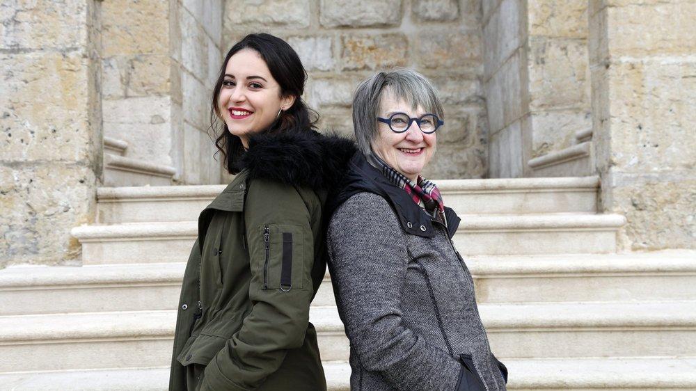 """Leïla Hanini (à gauche) et ses semblables du collectif interjurassien """"Grève pour l'égalité"""" ont repris le flambeau des pionnières telles que Guite Theurillat dans le combat contre les disparités entre les hommes et les femmes."""