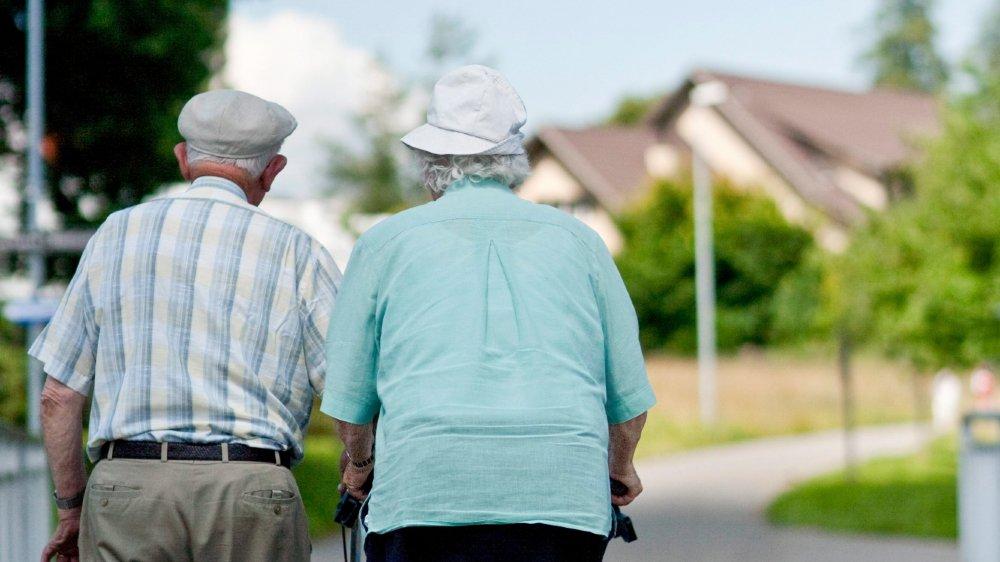 «Nous serons tous un jour âgés et fragiles, et tous, nous voudrons être traités avec respect», explique une aide-soignante ostracisée pour avoir dénoncé des abus dans un EMS.