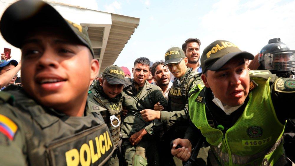 Plus de 300 Vénézuéliens désertent en un week-end