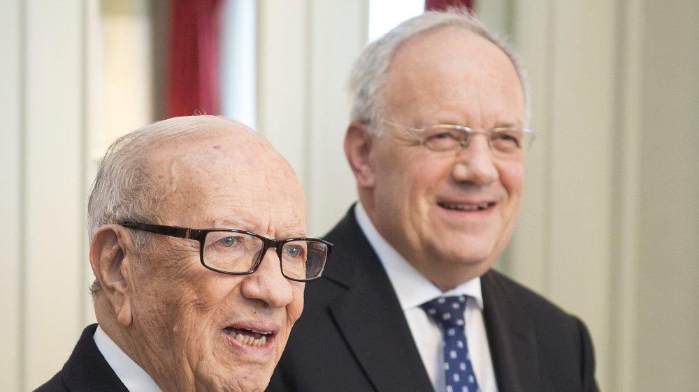 Certains observateurs attribuent la lenteur de la procédure de restitution des fonds au régime du président Essebsi (à gauche), qui était en visite à Berne, en 2016.