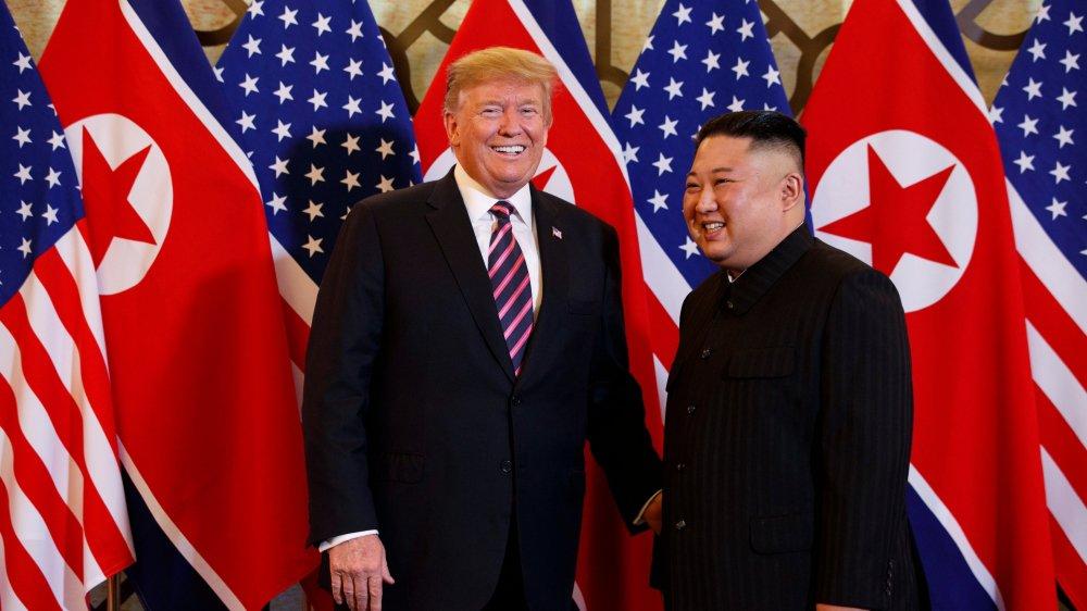 Le président américain Donald Trump et le leader nord-coréen  Kim Jong-un se sont rencontrés, hier, à Hanoï.