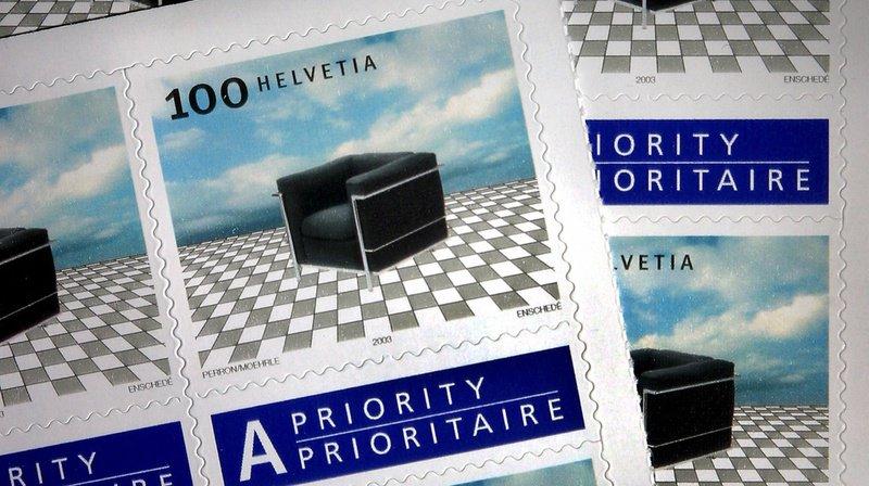 Escroquerie: ils vendent de faux timbres-poste à des entreprises