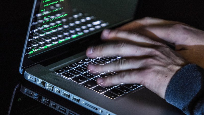 Les hackers tenteront de manipuler des suffrages, de lire des suffrages exprimés, de violer le secret du vote et de mettre hors service ou de contourner les dispositifs de sécurité. (illustration)
