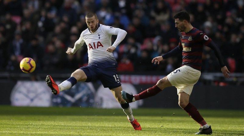 Football - Angleterre: Fabian Schär marque à nouveau avec Newcastle United