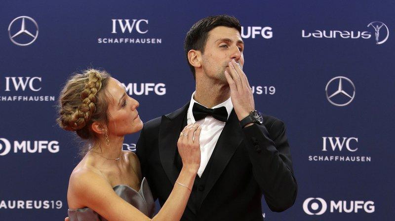 Novak Djokovic et sa femme Jelena, très détendus à leur arrivée à la cérémonie.