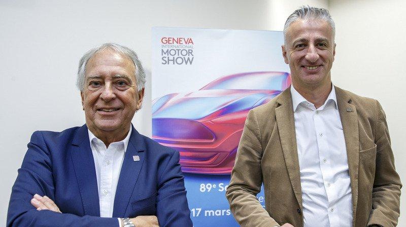 Andre Hefti (à gauche sur la photo), l'actuel directeur du Salon de l'automobile de Genève, passera le flambeau à Olivier Rihs (à droite) en juillet.