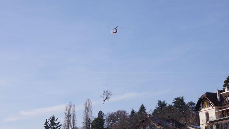 Des hélicoptères survolent le ciel du Littoral neuchâtelois