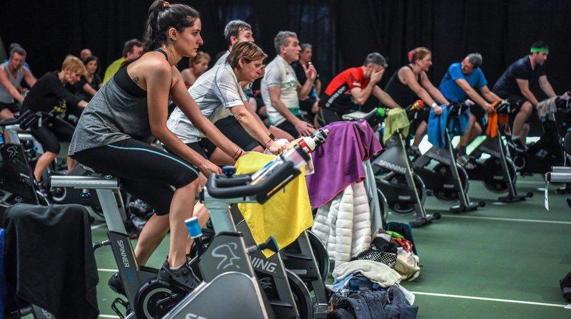 Le Kiwanis club de Neuchâtel a organisé un marathon caritatif d'indoor cycling à Milvignes.