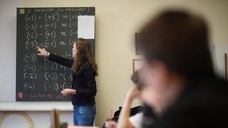 Berne rappelle des retraités pour faire face à la pénurie d'enseignants, Neuchâtel est épargné par le problème