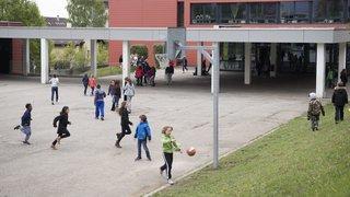 Val-de-Ruz: 1200 signatures pour dire non à la scolarisation hors du village de domicile