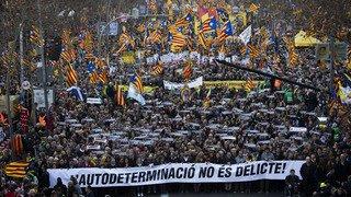 Barcelone: environ 200'000 manifestants contre le procès des indépendantistes