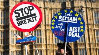 Brexit: l'UE accorde un délai supplémentaire, le Parti travailliste pour un nouveau référendum