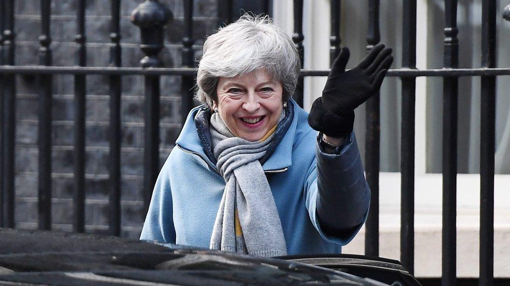 Theresa May devra demander aux Vingt-Sept une «prorogation»  du délai du Brexit, au-delà de la date butoir du 29 mars.