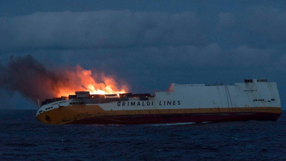 Le «Grande America» était en  provenance de Hambourg et devait  se rendre à Casablanca quand  l'incendie s'est déclaré dimanche soir, au large de la Rochelle.