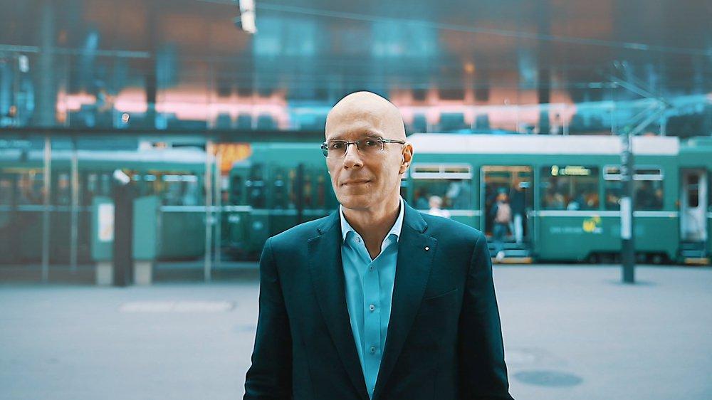 Michel Loris-Melikoff, directeur de Baselworld, décrit sa stratégie pour transformer Baselworld en marque active toute l'année dans le monde entier.