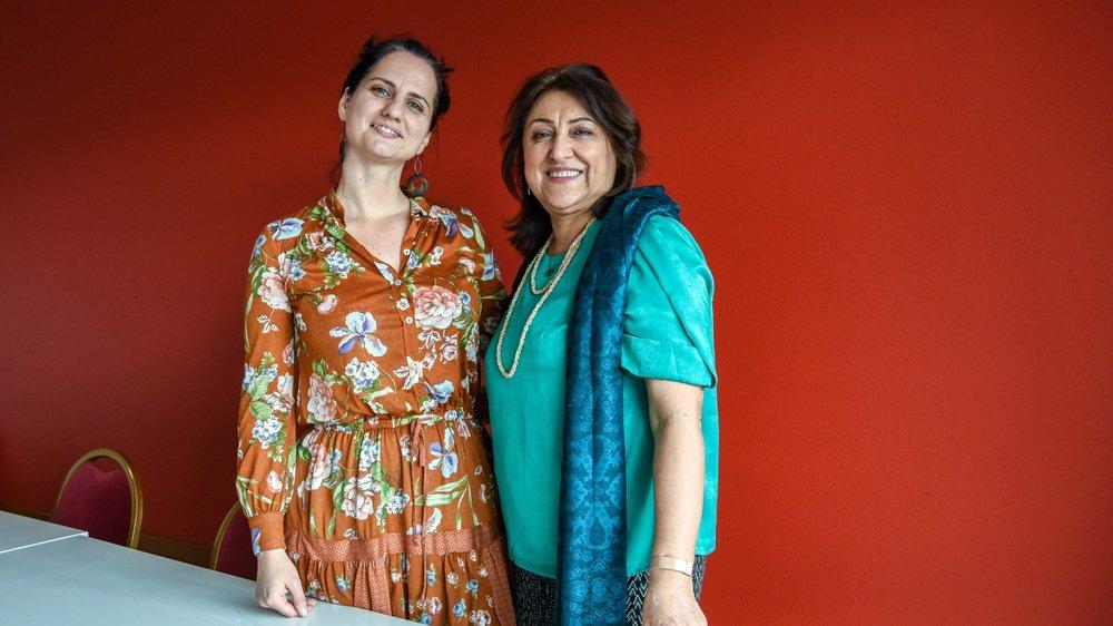 Mariana Martin, venue d'Argentine, et Sakineh Ashury, originaire d'Iran, ont suivi les formations données par Recif avant de devenir bénévoles de l'association.
