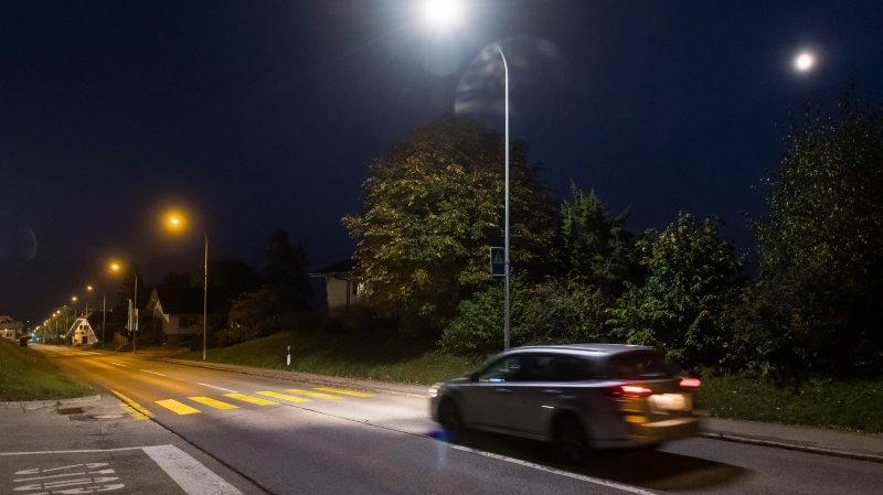 Dans les rues de Val-de-Ruz, seuls les passages piétons sont désormais éclairés.