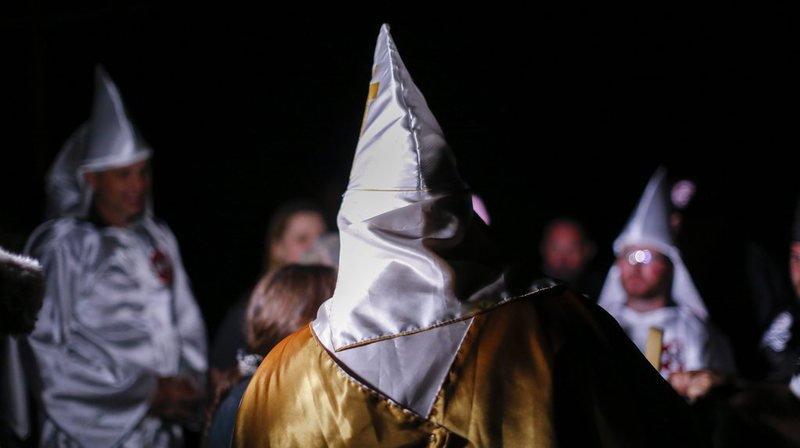 Schwyz: utilisation de costumes du Ku Klux Klan à carnaval dénoncée
