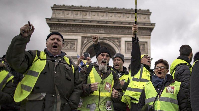 France: en nombre réduit, les «gilets jaunes» manifestent pour la 17e fois