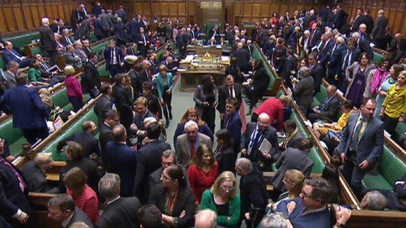 Brexit: le Parlement britannique rejette le nouveau projet d'accord de Theresa May