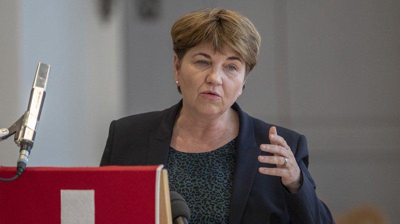 Suisse: la Société des officiers veut plus de femmes dans l'armée