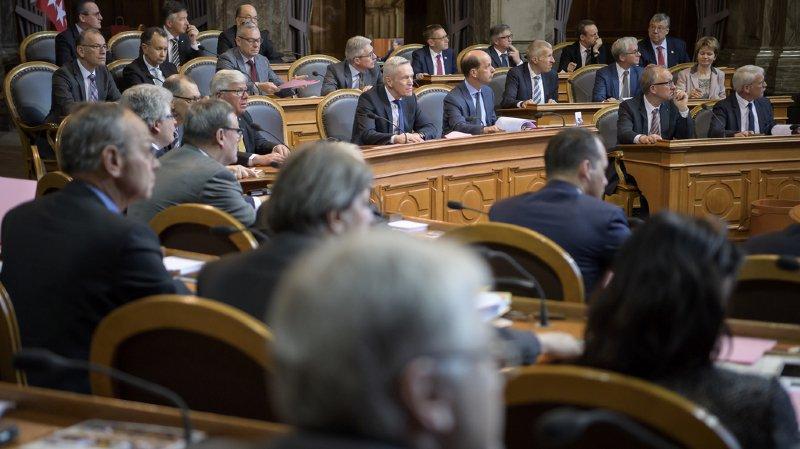 Le renouvellement touche particulièrement le PS, qui verra 6 de ses 12 élus se retirer, mais également le PDC, qui devra composer avec cinq départs parmi ses 13 sénateurs. (illustration)