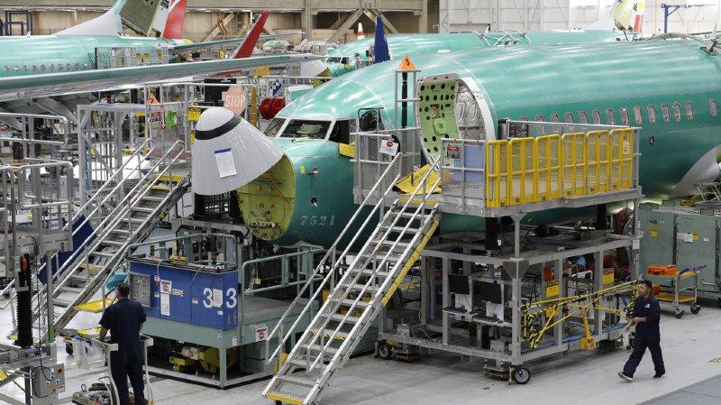 Transport aérien: Boeing présente des modifications sur le 737 MAX pour rassurer le public