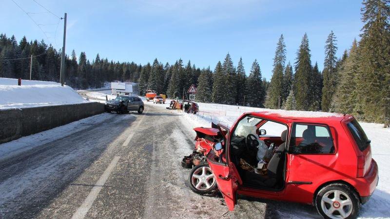 Trois blessés dans un accident entre Le Boéchet et Le Noirmont