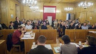 Une rencontre entre le Conseil général de La Chaux-de-Fonds et le Conseil d'Etat à huis clos