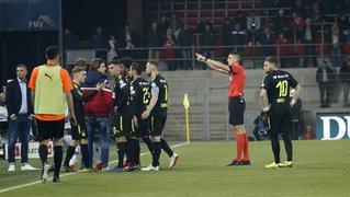 Après l'interruption du match Sion-GC samedi, l'arbitre neuchâtelois Lionel Tschudi raconte