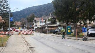 La traversée de Chézard-Saint-Martin en travaux