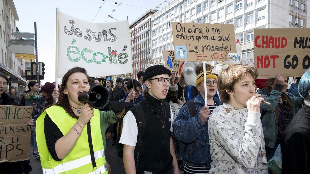 Le 6 avril à La Chaux-de-Fonds, lors de la quatrième manifestation pour le climat, dans le canton.
