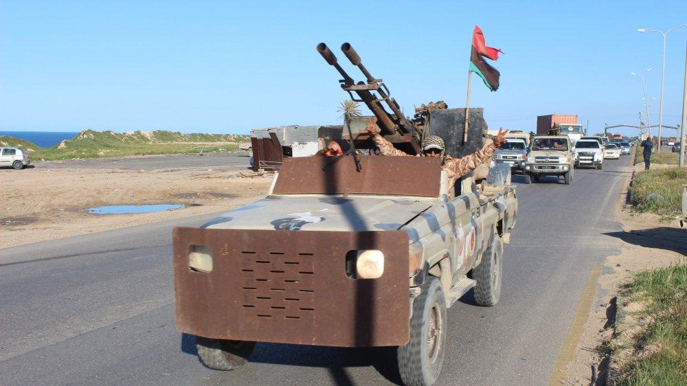 Le maréchal Haftar rassemble des forces en vue de conquérir Tripoli.
